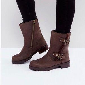 UGG Neil Moto boots